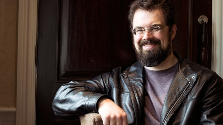 christopher paolini 271113447060986173..jpg